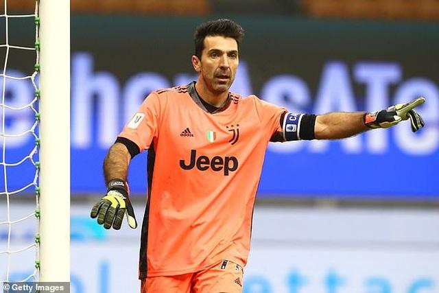 Những khoảnh khắc C.Ronaldo tỏa sáng giúp Juventus hạ gục Inter Milan - 8