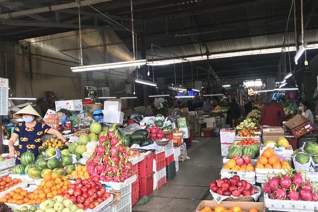 Thị trường đồ lễ cúng ông Táo: Sức mua dè dặt - 3