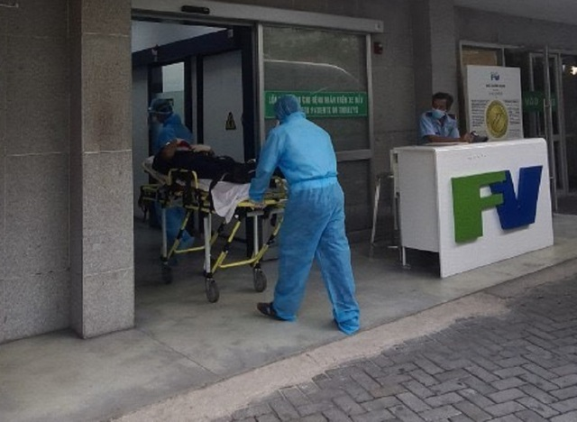 Cứu thuyền viên nước ngoài nguy cơ mắc Covid-19 bị viêm phúc mạc - 2