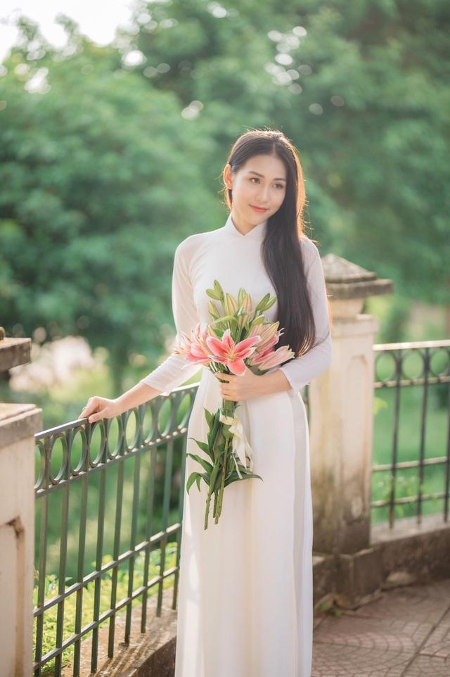 Hoa khôi Học viện Phụ nữ - Vẻ đẹp truyền thống với mái tóc dài thướt tha - 2