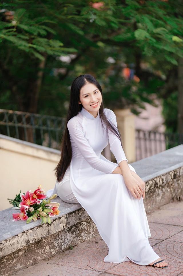 Hoa khôi Học viện Phụ nữ - Vẻ đẹp truyền thống với mái tóc dài thướt tha - 4