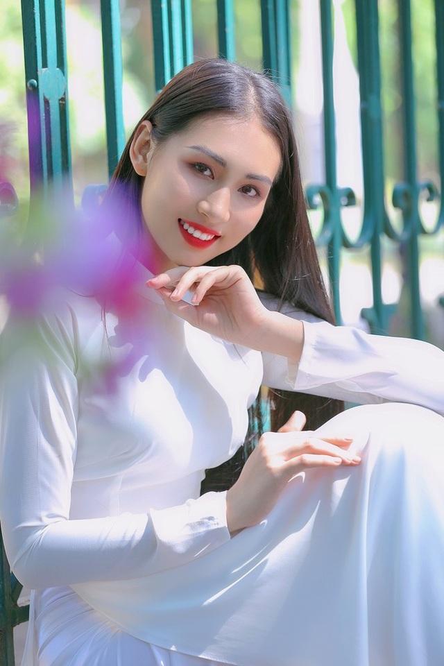 Hoa khôi Học viện Phụ nữ - Vẻ đẹp truyền thống với mái tóc dài thướt tha - 7
