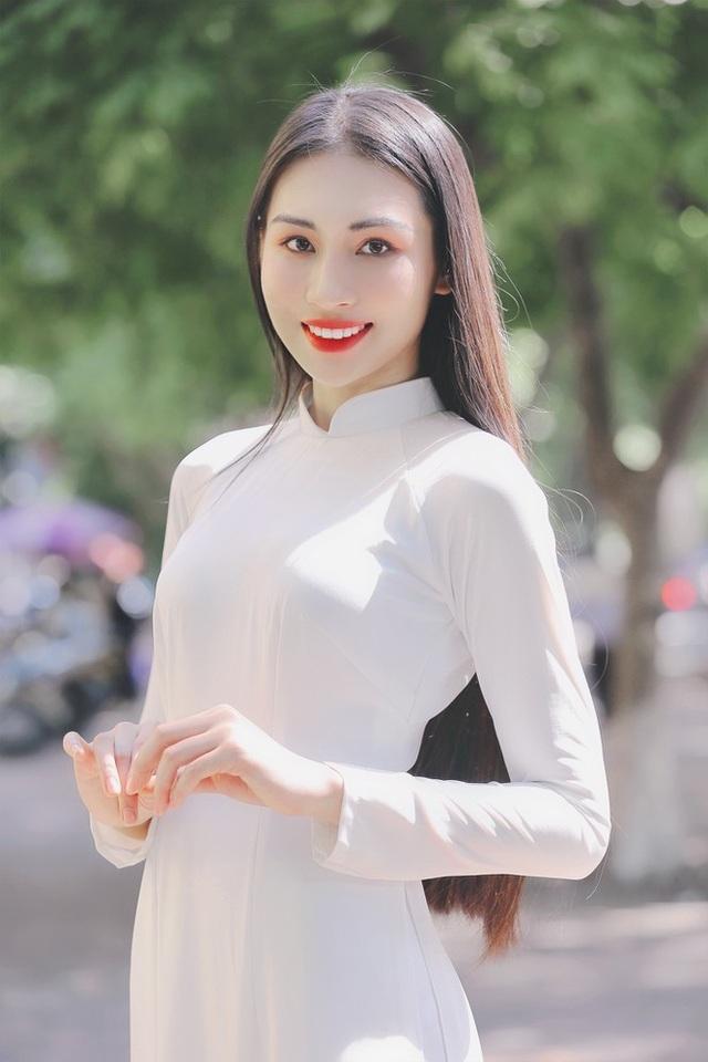 Hoa khôi Học viện Phụ nữ - Vẻ đẹp truyền thống với mái tóc dài thướt tha - 8