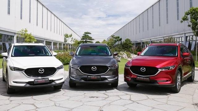 Hyundai SantaFe, Mazda CX-5 giảm giá tới 60 triệu để hút khách sát Tết - 3