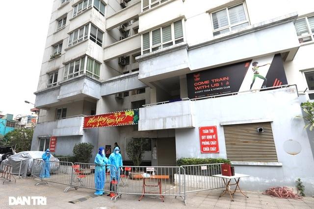 Hà Nội: Bệnh nhân công chứng viên từng họp với 128 người, đi lại nhiều nơi - 1