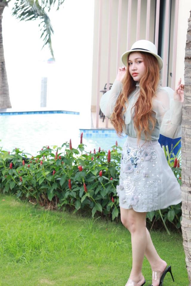9X Sài Gòn vừa học giỏi, vừa sở hữu vẻ đẹp lai Tây cuốn hút - 7