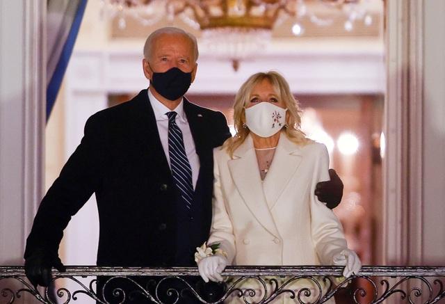 Sự đối lập giữa bà Jill Biden và Melania Trump - 1