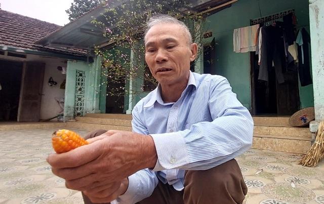 Người cha ung thư giai đoạn cuối nghẹn lòng cấm các con về quê ăn Tết - 1