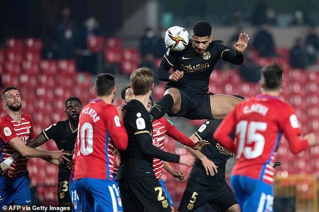 Ngược dòng thắng điên rồ, Barcelona vào bán kết Cúp Nhà vua - 12