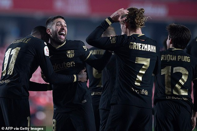 Ngược dòng thắng điên rồ, Barcelona vào bán kết Cúp Nhà vua - 17