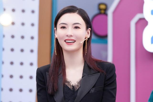 Ca hát thất bại nhưng Trương Bá Chi được khen về ngoại hình - 5