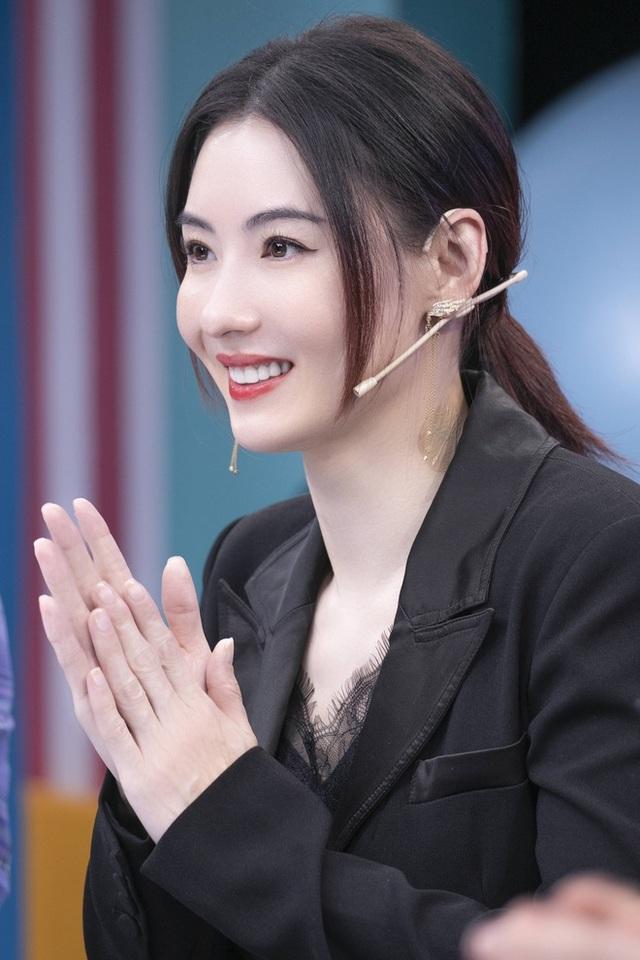 Ca hát thất bại nhưng Trương Bá Chi được khen về ngoại hình - 2