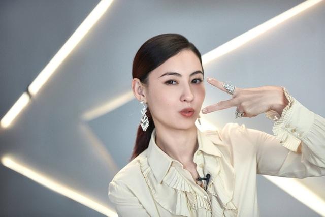 Ca hát thất bại nhưng Trương Bá Chi được khen về ngoại hình - 10