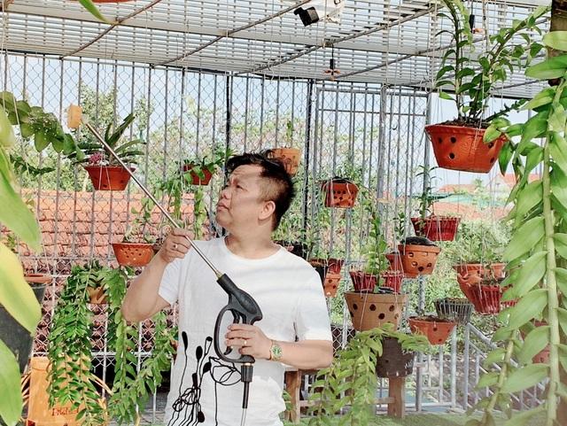 Chàng trai nghèo khởi nghiệp vươn lên làm giàu từ trồng hoa lan - 2