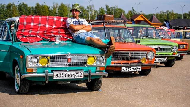 Vì sao nhiều người Nga vẫn mê xe Lada? - 1