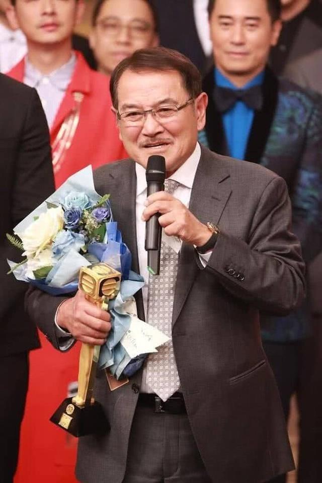 Bố chồng cũ tiết lộ về mối quan hệ với Dương Mịch