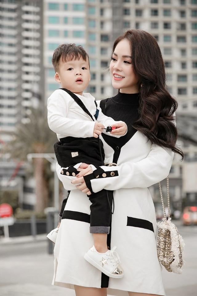Những thiên thần nhí đáng yêu của sao Việt - 6