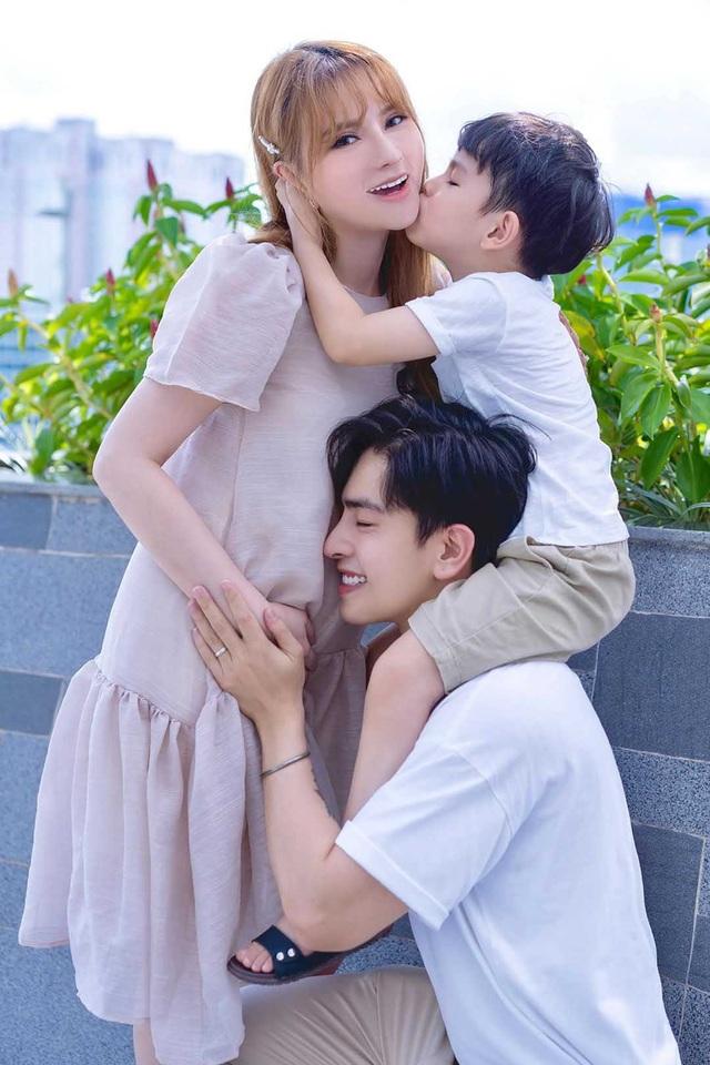 Những thiên thần nhí đáng yêu của sao Việt - 15
