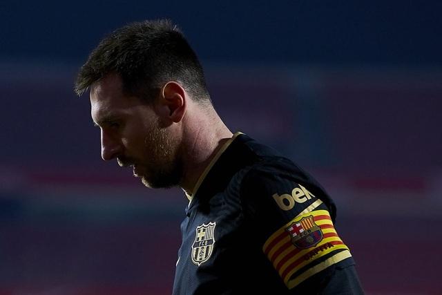Lionel Messi quá mệt mỏi, hẹn ngày chốt tương lai ở Barcelona - 2