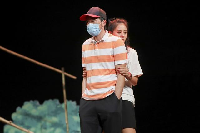 Hoài Linh, Thu Trang, Nam Thư hội ngộ trong Xuân này em lấy chồng - 5