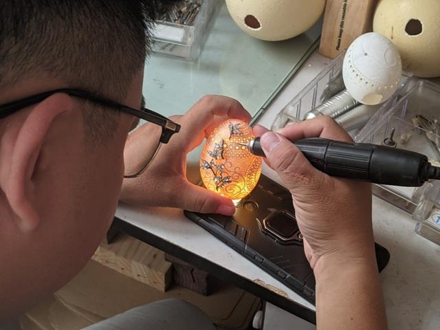 8X dành 3 năm điêu khắc trên vỏ trứng từng khiến báo nước ngoài ngả mũ - 6