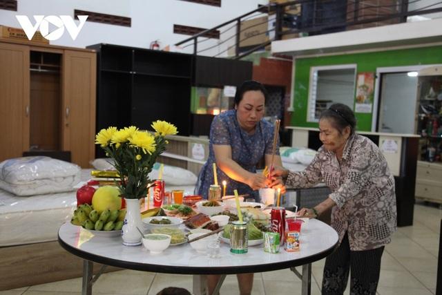 Tết ông Công ông Táo và câu chuyện giữ gìn văn hóa truyền thống của người Việt tại Lào - 2