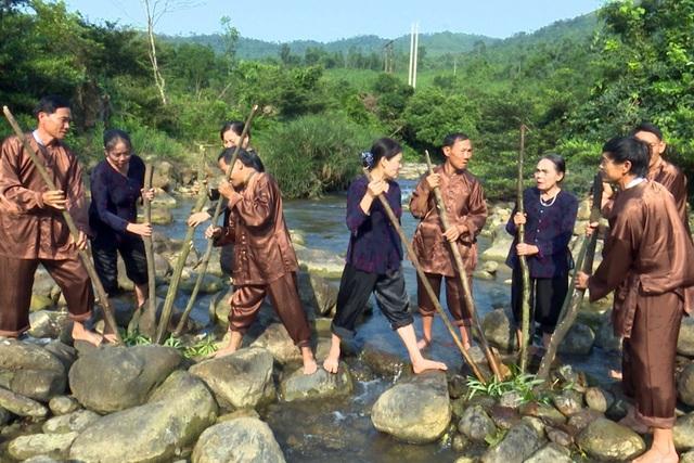 Quảng Bình: Hò thuốc cá được công nhận Di sản văn hóa phi vật thể - 1