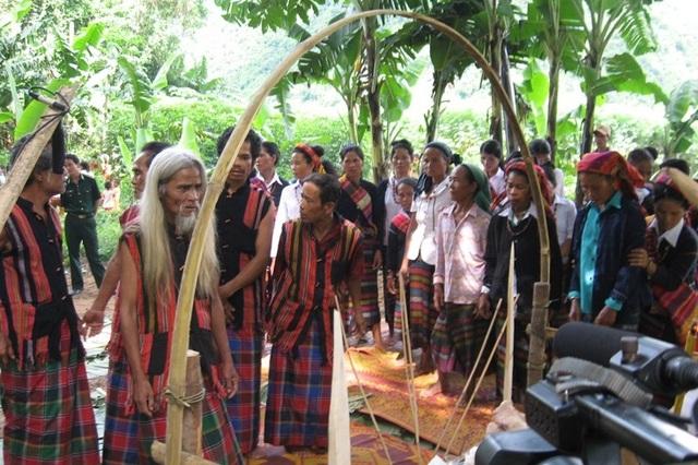 Quảng Bình: Hò thuốc cá được công nhận Di sản văn hóa phi vật thể - 2
