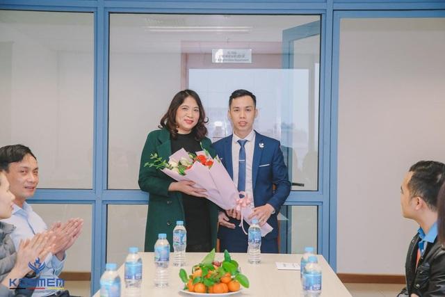Kosmen Việt Nam trao tặng máy hút ẩm cho Trường đại học Kinh tế Quốc dân - 5