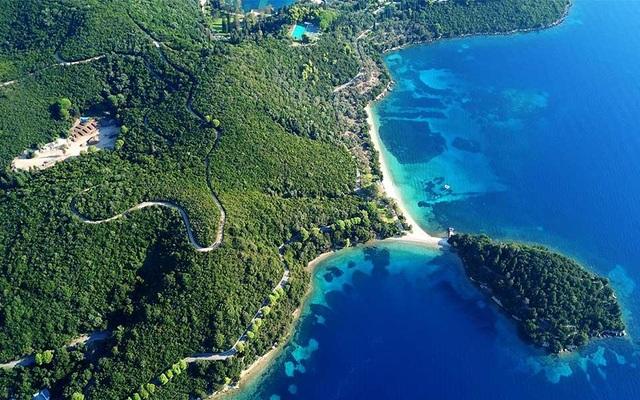 Đại gia mua cả hòn đảo triệu USD, biến thành khu nghỉ dưỡng sang trọng - 2