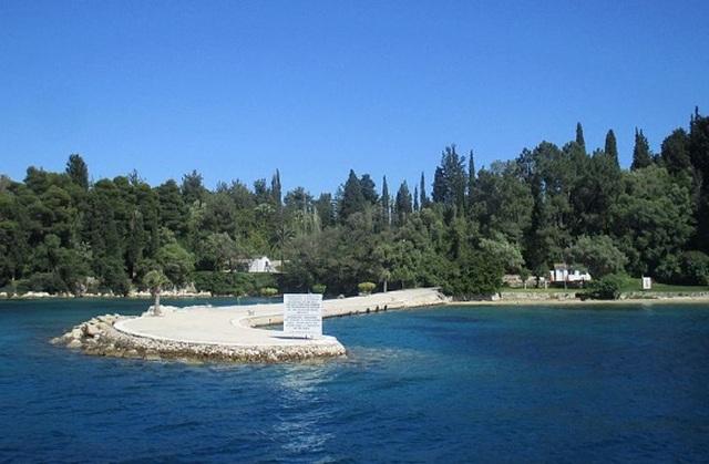 Đại gia mua cả hòn đảo triệu USD, biến thành khu nghỉ dưỡng sang trọng - 3