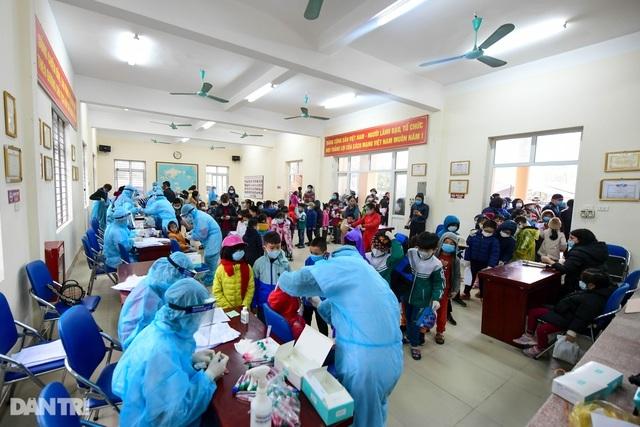 Đổi hình thức cách ly, học sinh trường Xuân Phương có thể về nhà đón Tết - 1
