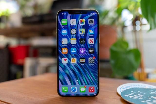 Smartphone cao cấp giảm giá gần chục triệu đồng trước Tết - 1
