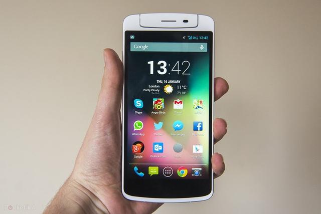 6 mẫu smartphone độc lạ từng được giới thiệu - 6