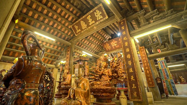 The sacred temple used to be the largest Buddhist center in the Tran Dynasty in Bac Giang - 8