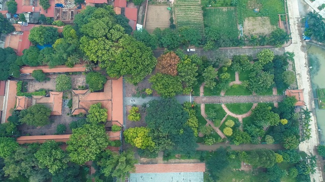 The sacred temple used to be the largest Buddhist center in the Tran dynasty in Bac Giang - 4