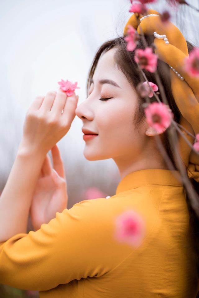Nữ sinh Báo chí xúng xính áo dài đón Xuân sang - 4