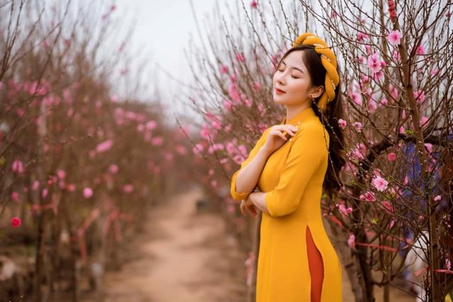 Nữ sinh Báo chí xúng xính áo dài đón Xuân sang - 5