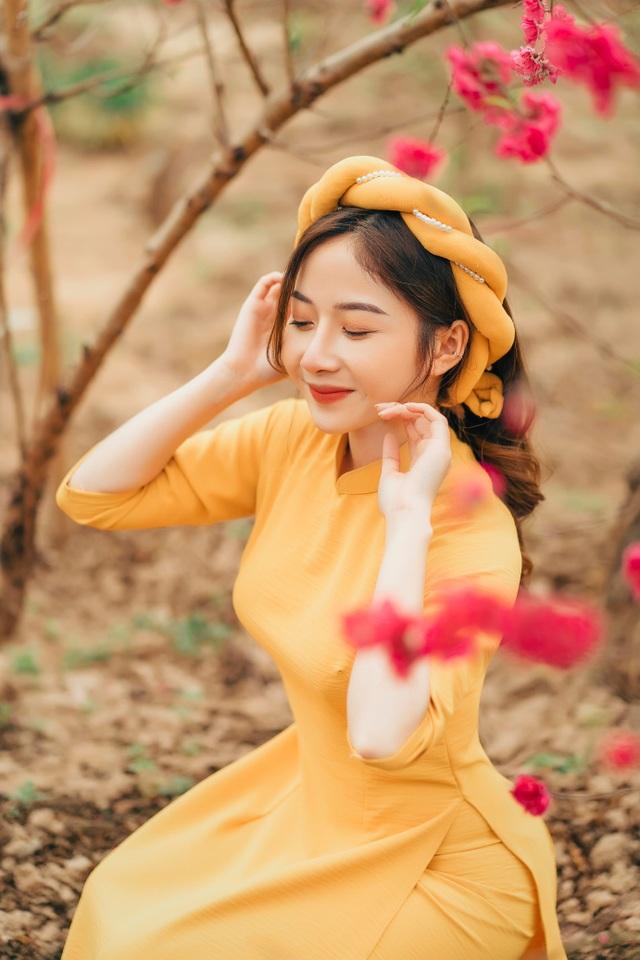 Nữ sinh Báo chí xúng xính áo dài đón Xuân sang - 6