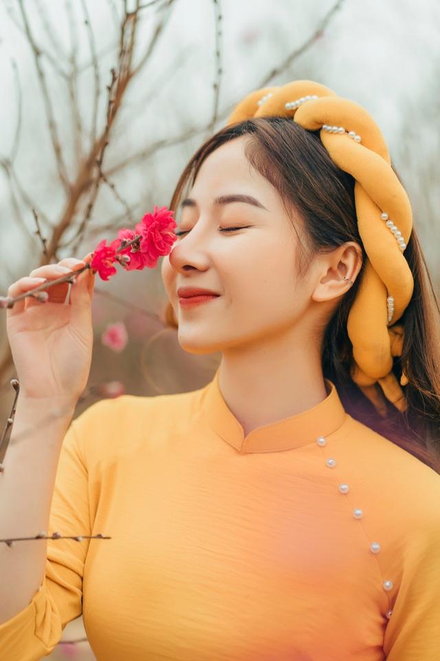 Nữ sinh Báo chí xúng xính áo dài đón Xuân sang - 7