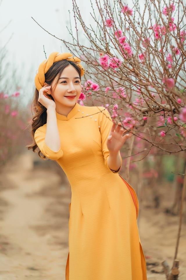 Nữ sinh Báo chí xúng xính áo dài đón Xuân sang - 8