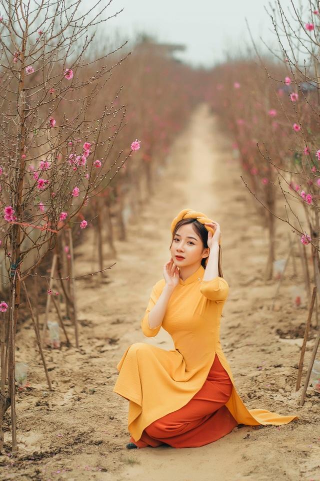 Nữ sinh Báo chí xúng xính áo dài đón Xuân sang - 10