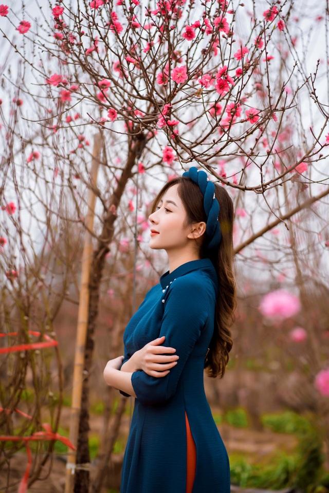 Nữ sinh Báo chí xúng xính áo dài đón Xuân sang - 15