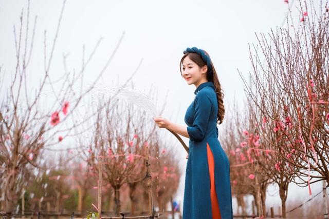 Nữ sinh Báo chí xúng xính áo dài đón Xuân sang - 16