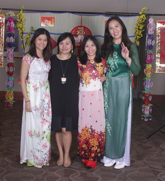 Tết Việt trên đất Mỹ: Xuân về trên St. Louis - 5