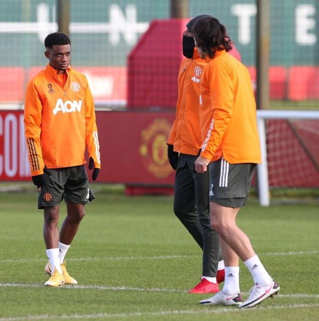 Thần đồng 17 tuổi lên tập cùng đội hình chính của Man Utd - 13