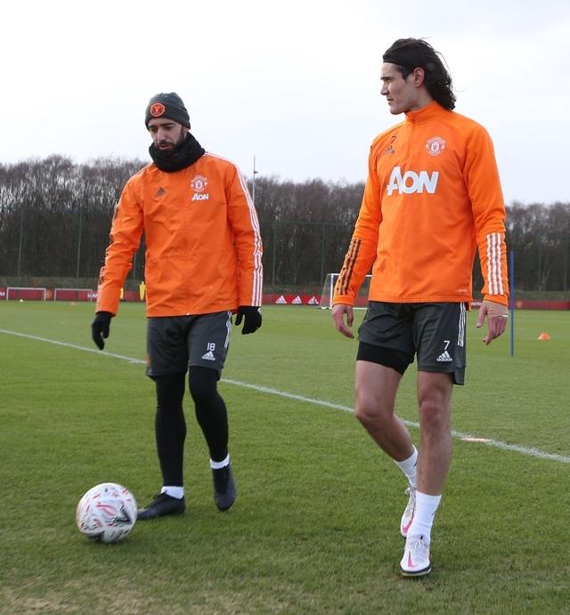 Thần đồng 17 tuổi lên tập cùng đội hình chính của Man Utd - 4