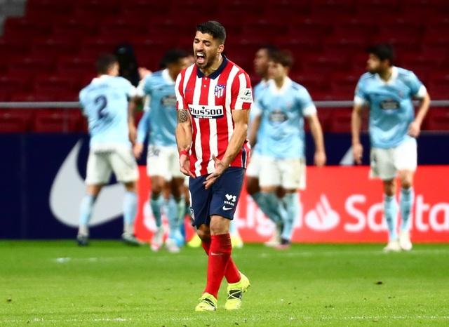Luis Suarez lập cú đúp trong ngày Atletico rơi chiến thắng đáng tiếc - 9
