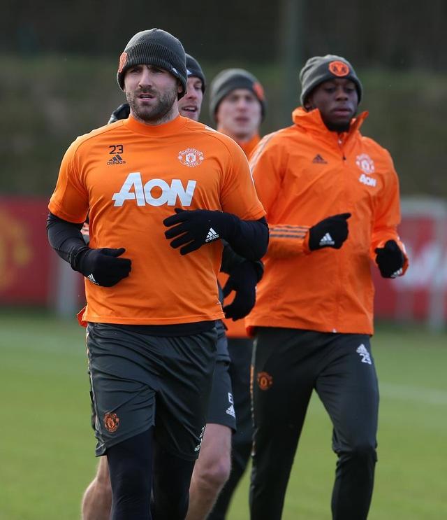 Thần đồng 17 tuổi lên tập cùng đội hình chính của Man Utd - 8