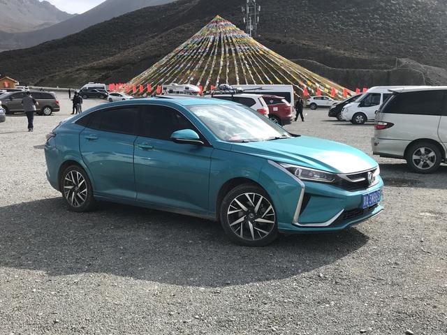 Xe Trung Quốc lọt Top 10 mẫu sedan hạng sang bán chạy nhất thế giới - 2